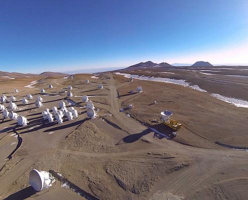 В Чили достроили самый большой в мире радиотелескоп