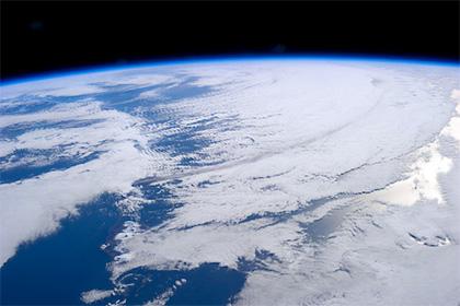 Ученые: Земля может превратиться в огромный снежок