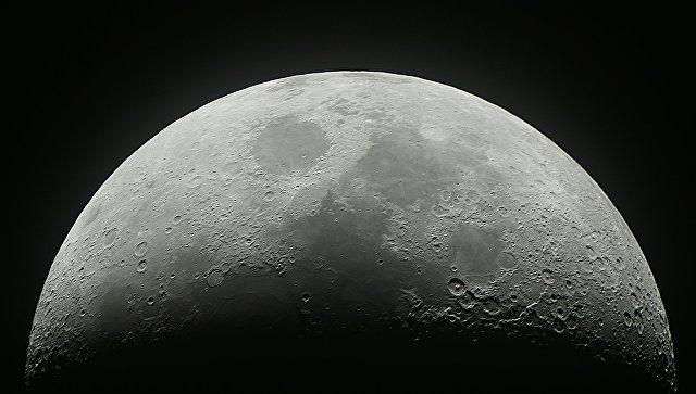 Китай готовится к запуску спутника на Луну