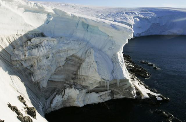 Последствия отделения гигантского айсберга от ледника Ларсен-С