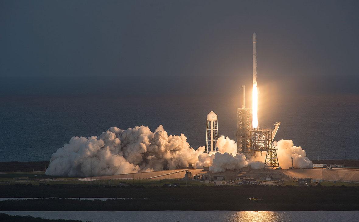 Во время испытаний взорвался новый двигатель для ракеты Falcon 9