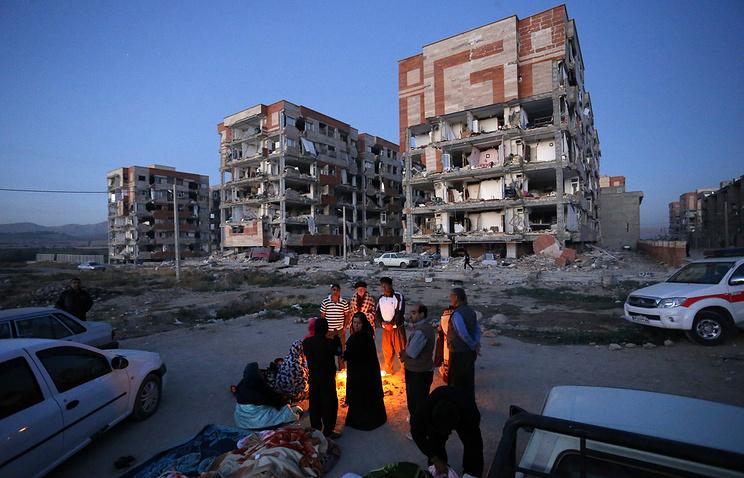 Число погибших землетрясения награнице Ирана иИрака превысило 350 человек
