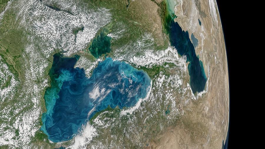 Российский спутник будет искать нефтяные месторождения на Земле