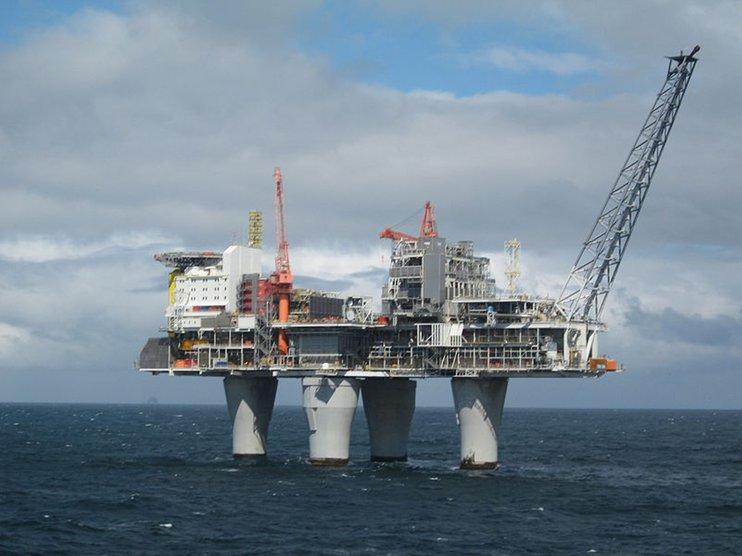 Почему нефть начала снова дорожать