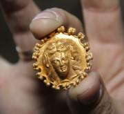 В Болгарии найдено самое древнее ювелирное украшение