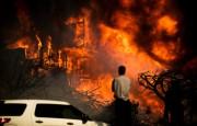 Калифорнию продолжают опустошать сильнейшие пожары
