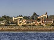 Цена на нефть остается нестабильной