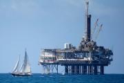 Цены на нефть продолжают снижаться рекордными темпами